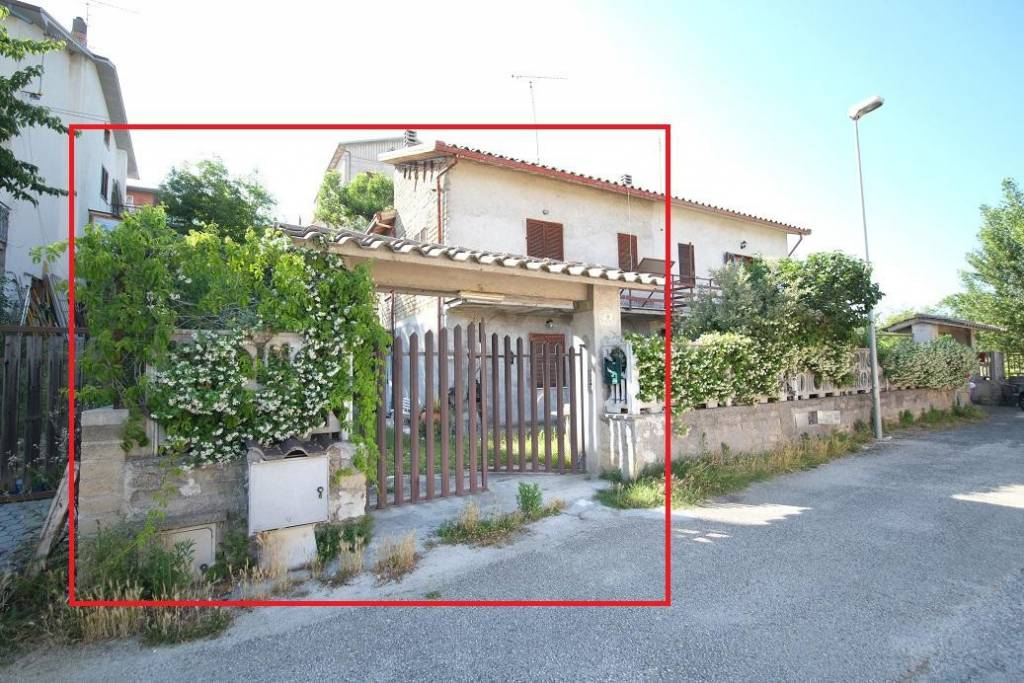 Villa in affitto a Torricella in Sabina in Via Largo Del Prete