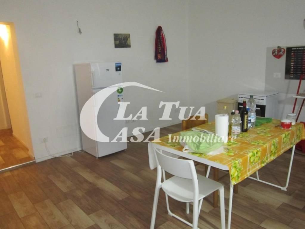 Appartamento in ottime condizioni parzialmente arredato in affitto Rif. 8201981