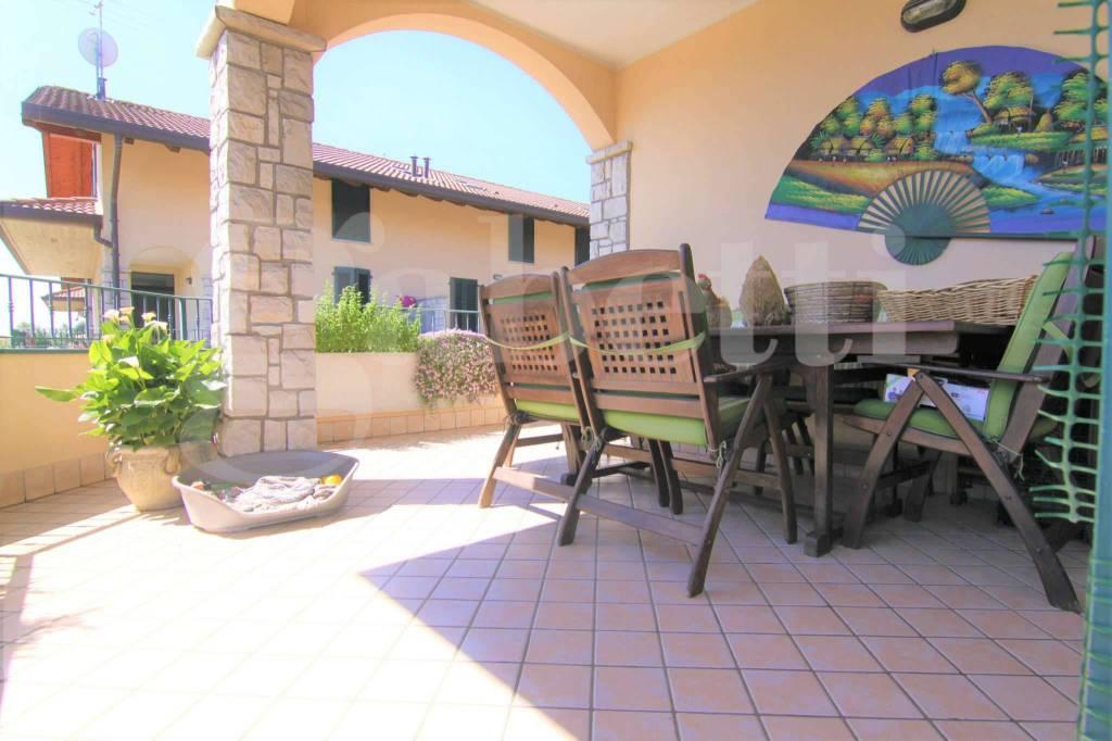 Appartamento in vendita a Dairago, 4 locali, prezzo € 210.000 | CambioCasa.it