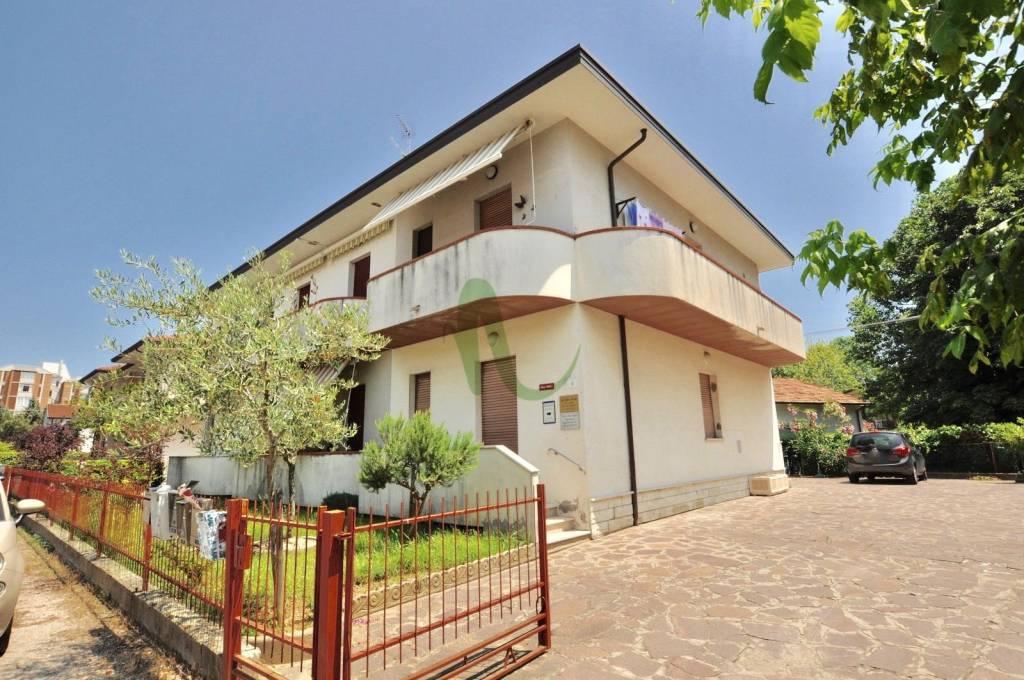 Appartamento in Vendita a Cesenatico Centro: 2 locali, 42 mq