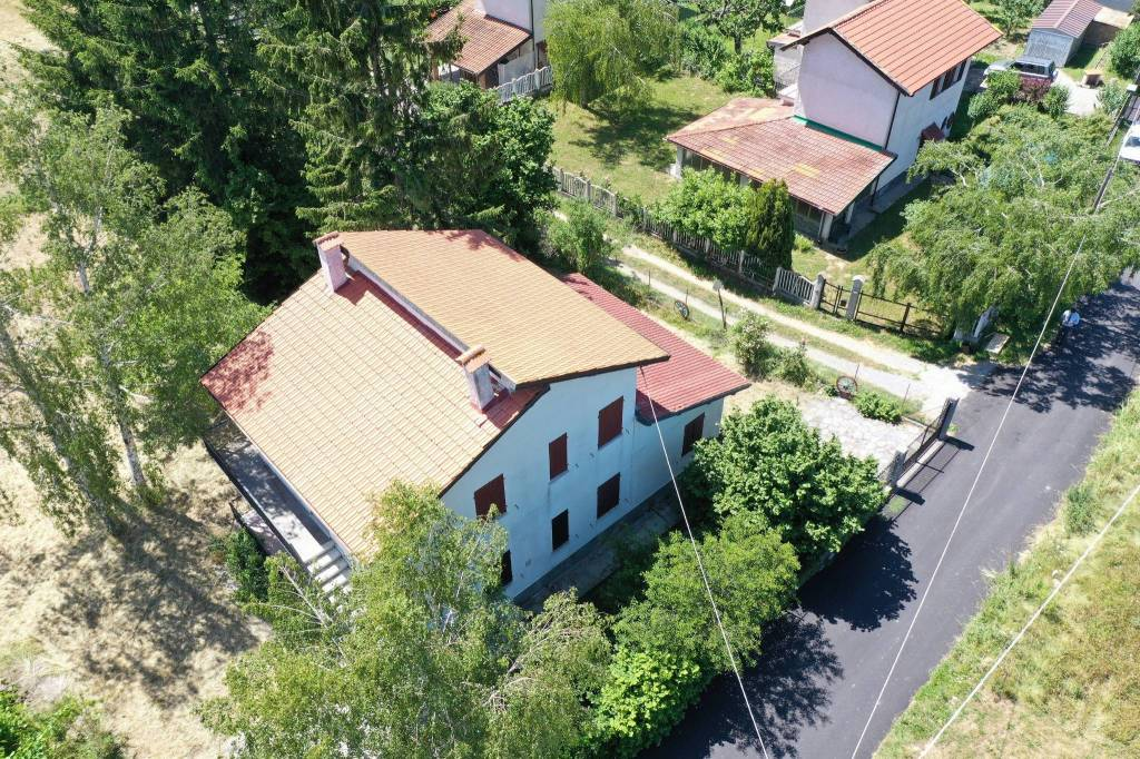 Foto 1 di Villa Località Canonie, Bardineto