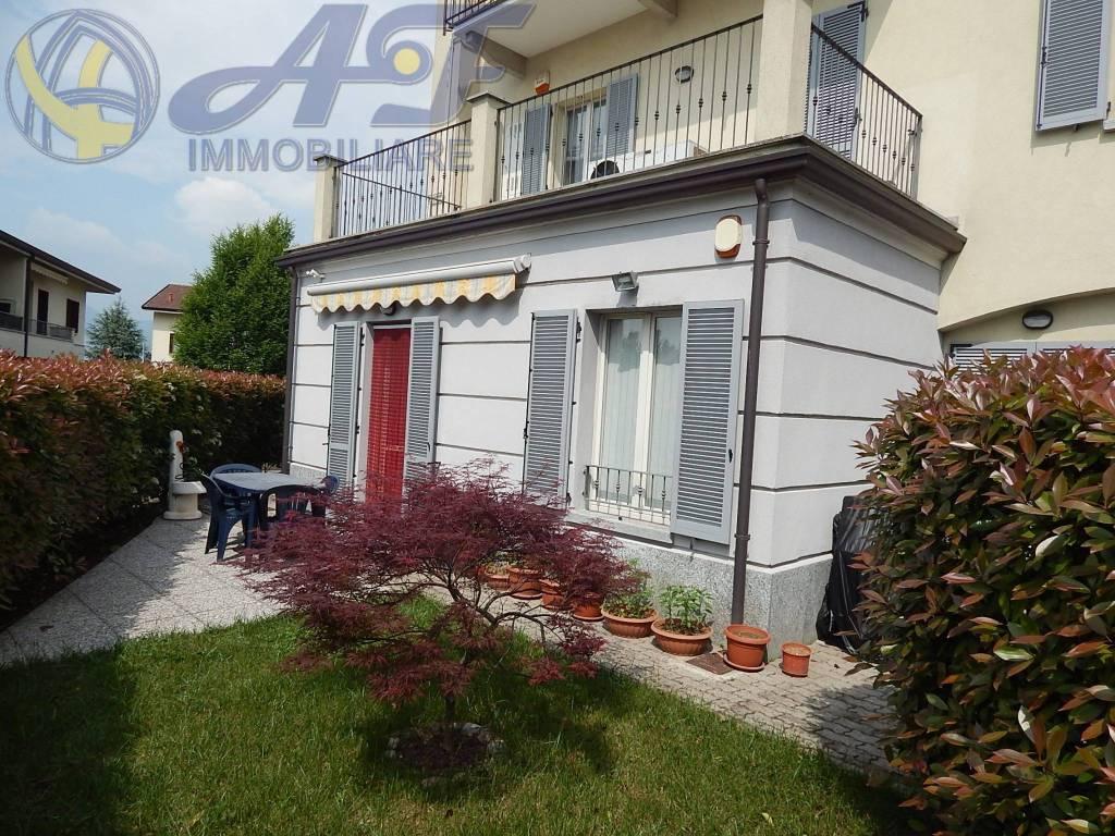 Appartamento in ottime condizioni in vendita Rif. 6962017