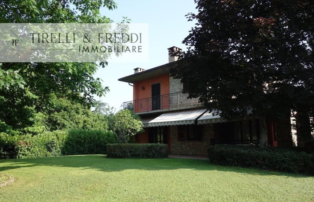 Villa in vendita a Rodengo-Saiano, 6 locali, prezzo € 699.000 | CambioCasa.it
