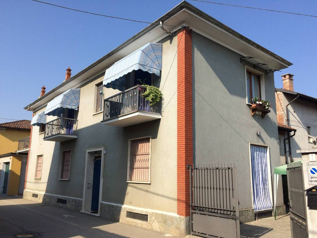 Villa in vendita a Riva Presso Chieri, 4 locali, prezzo € 130.000 | PortaleAgenzieImmobiliari.it