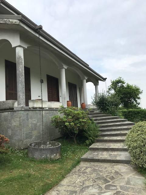 Villa in vendita a Caresanablot, 10 locali, prezzo € 390.000 | PortaleAgenzieImmobiliari.it