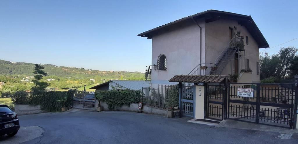 Appartamento in vendita a Ariccia, 3 locali, prezzo € 115.000 | PortaleAgenzieImmobiliari.it