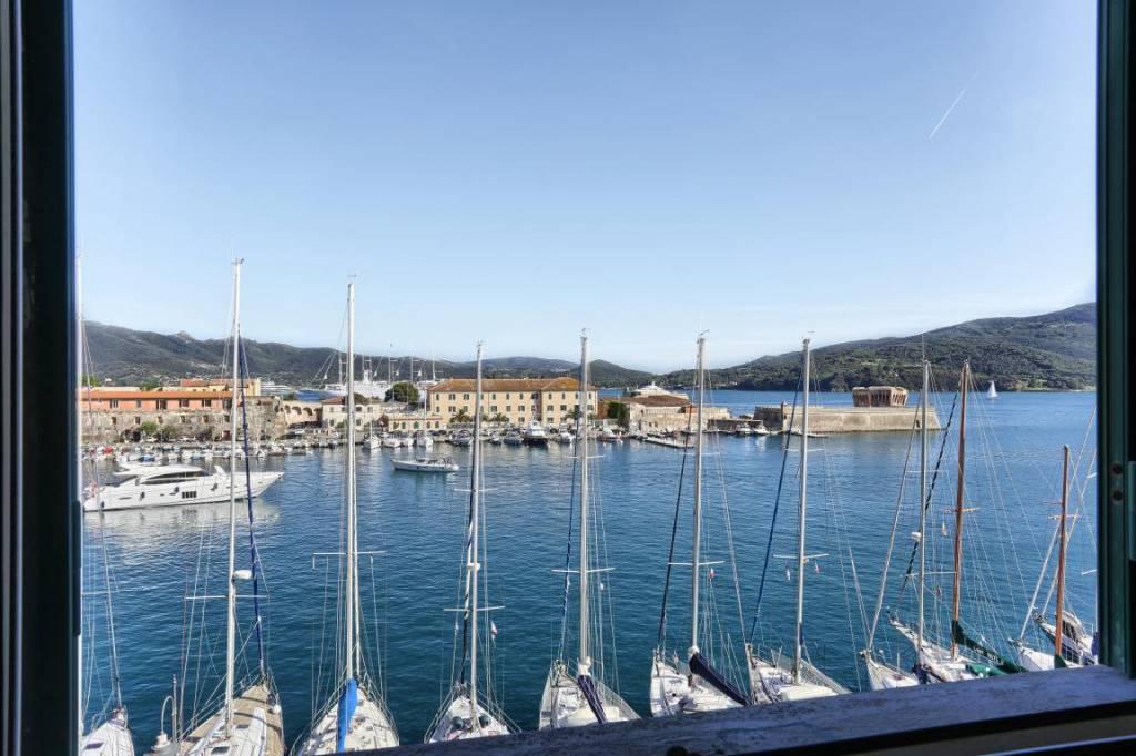 Foto 1 di Appartamento Calata Italia, Portoferraio