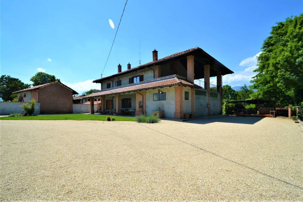 Foto 1 di Villa via Rio Torto, Frossasco