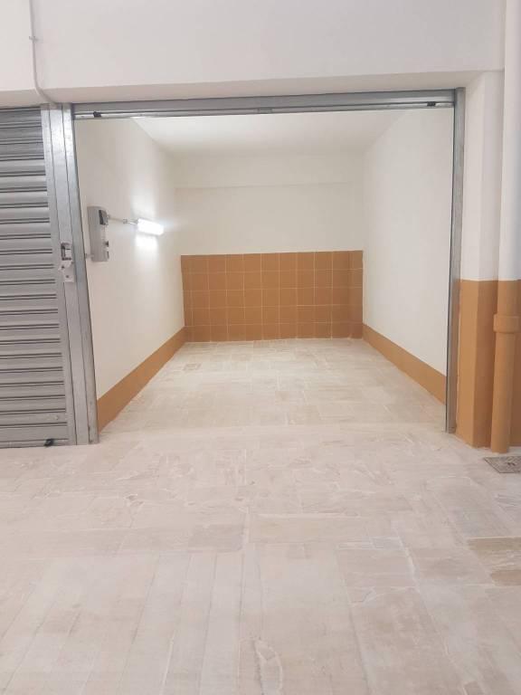 Box / Garage in vendita a Roma, 9999 locali, zona Zona: 15 . Appio Latino, Appia Antica, Furio Camillo, Alberone, prezzo € 46.000   CambioCasa.it
