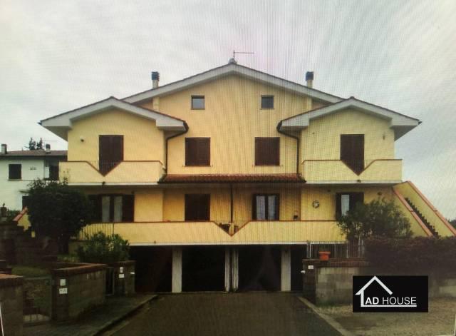 Appartamento in ottime condizioni in vendita Rif. 4177416