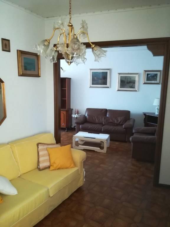Appartamento in vendita a Mirano, 4 locali, prezzo € 135.000 | CambioCasa.it