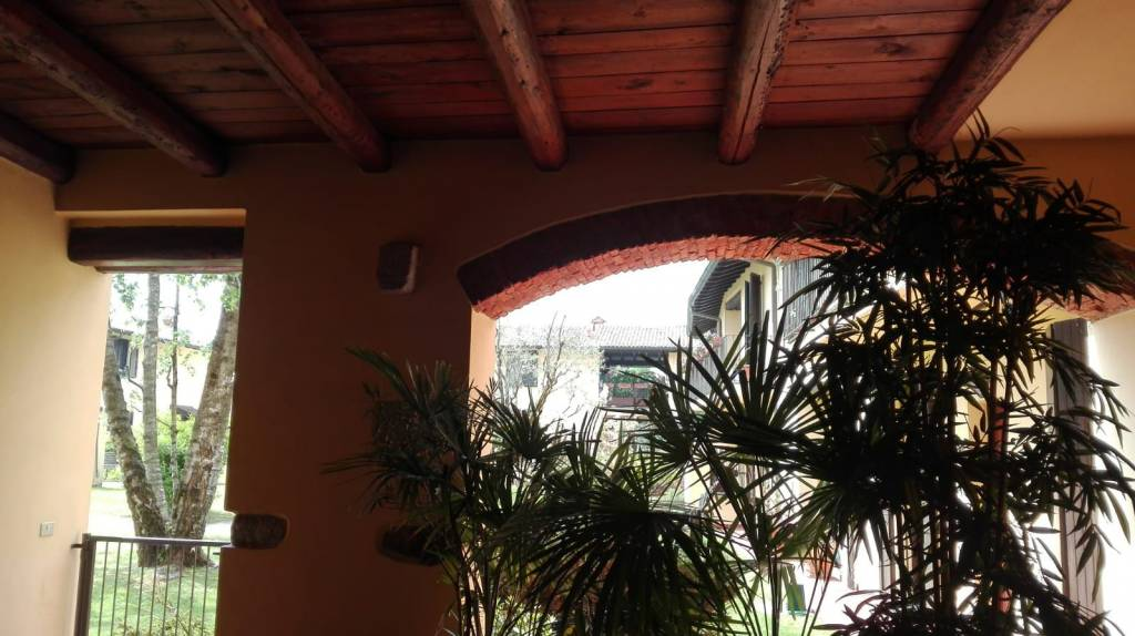 Appartamento in vendita via Cremonina 30 Besana in Brianza