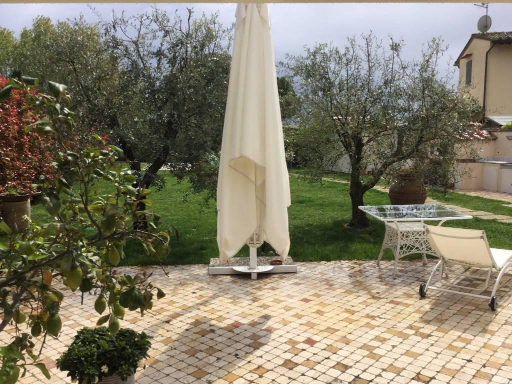 Appartamento in Vendita a Pisa Periferia Sud: 5 locali, 230 mq