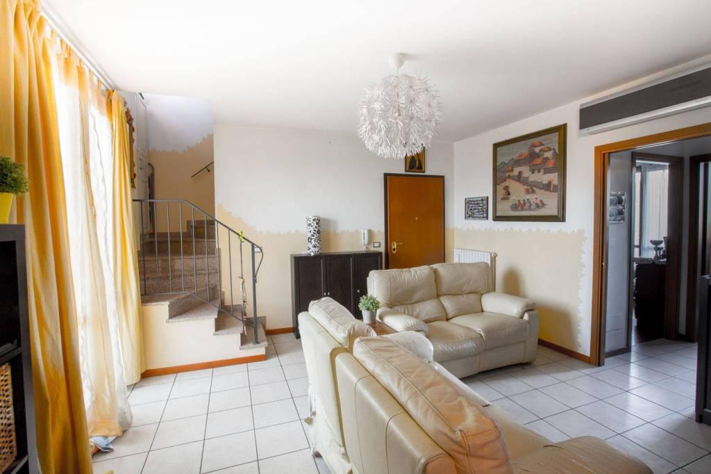 Foto 1 di Appartamento via Pasquala, Imola