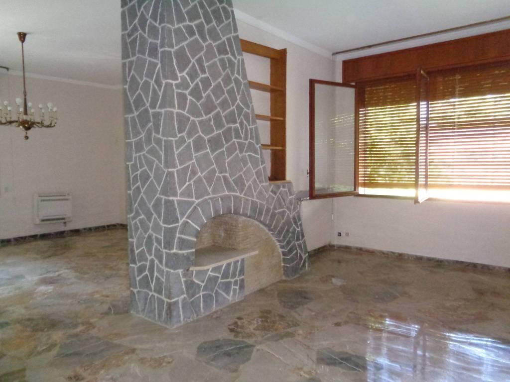 Villa in Vendita a Correggio: 5 locali, 400 mq