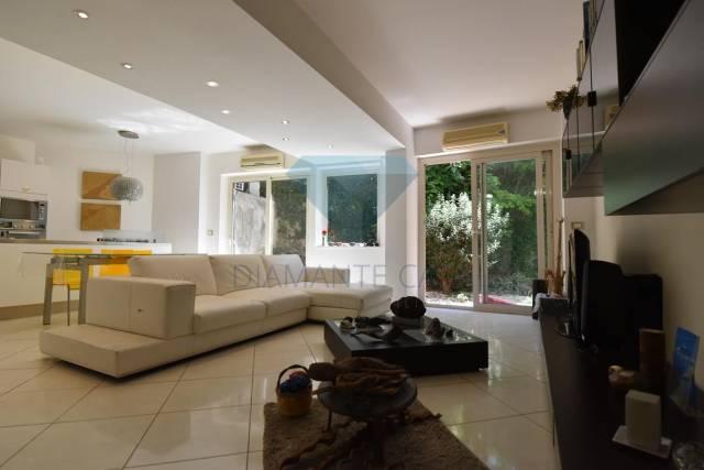 Appartamento in Vendita a Tremestieri Etneo Periferia: 3 locali, 75 mq