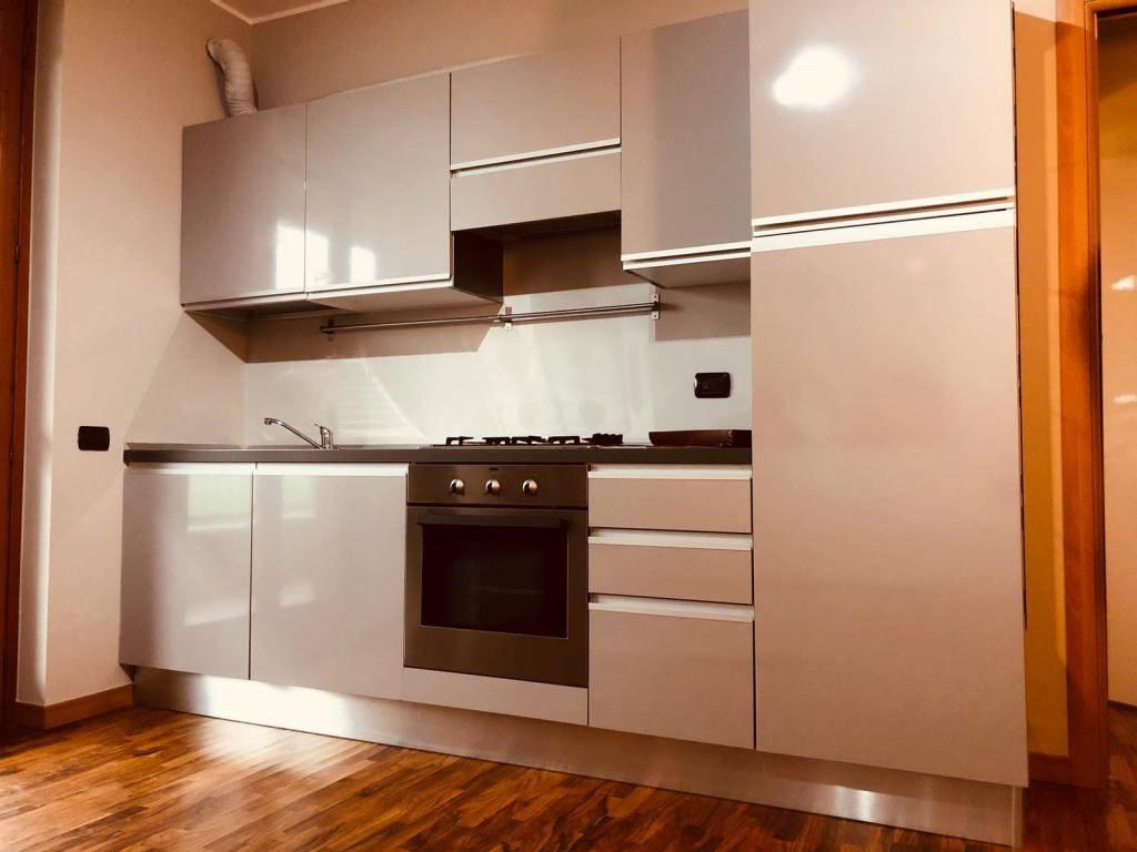 Appartamento in affitto a Osio Sotto, 1 locali, prezzo € 400 | CambioCasa.it