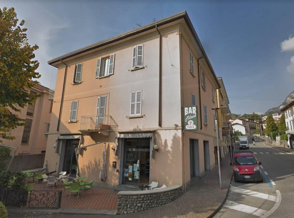 Appartamento in buone condizioni arredato in vendita Rif. 8453435