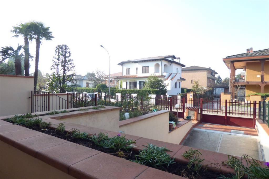 Villetta a schiera in buone condizioni in vendita Rif. 8716172