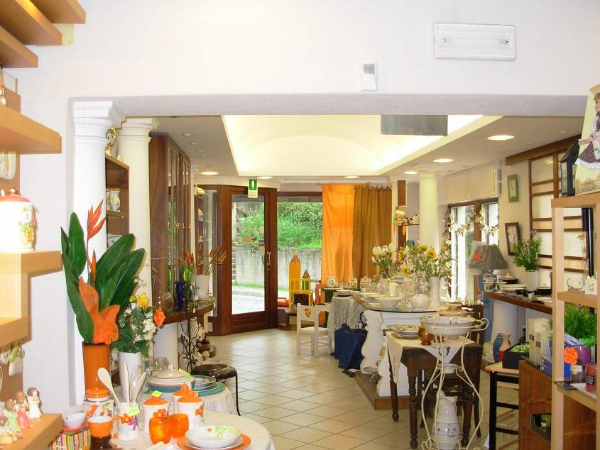 Negozio / Locale in vendita a Buttigliera Alta, 5 locali, prezzo € 298.000 | PortaleAgenzieImmobiliari.it