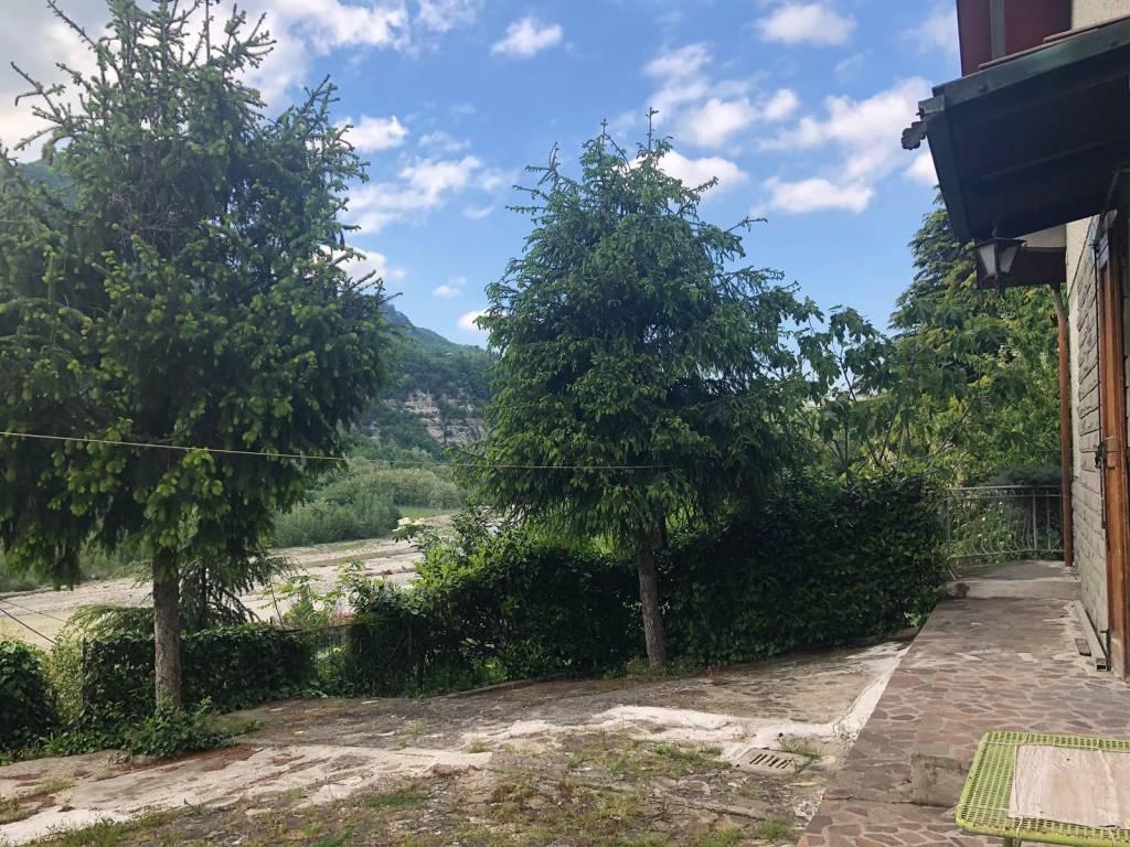 Villa in Vendita a Monzuno: 5 locali, 280 mq