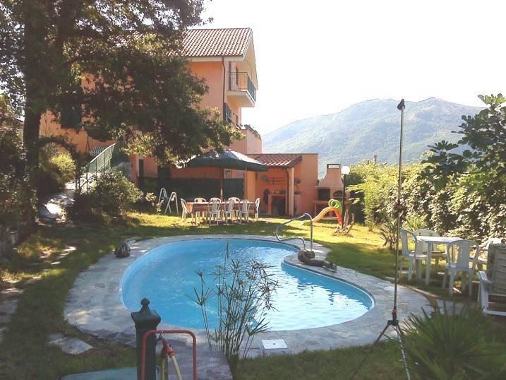Villa in vendita a Testico, 11 locali, prezzo € 480.000 | PortaleAgenzieImmobiliari.it