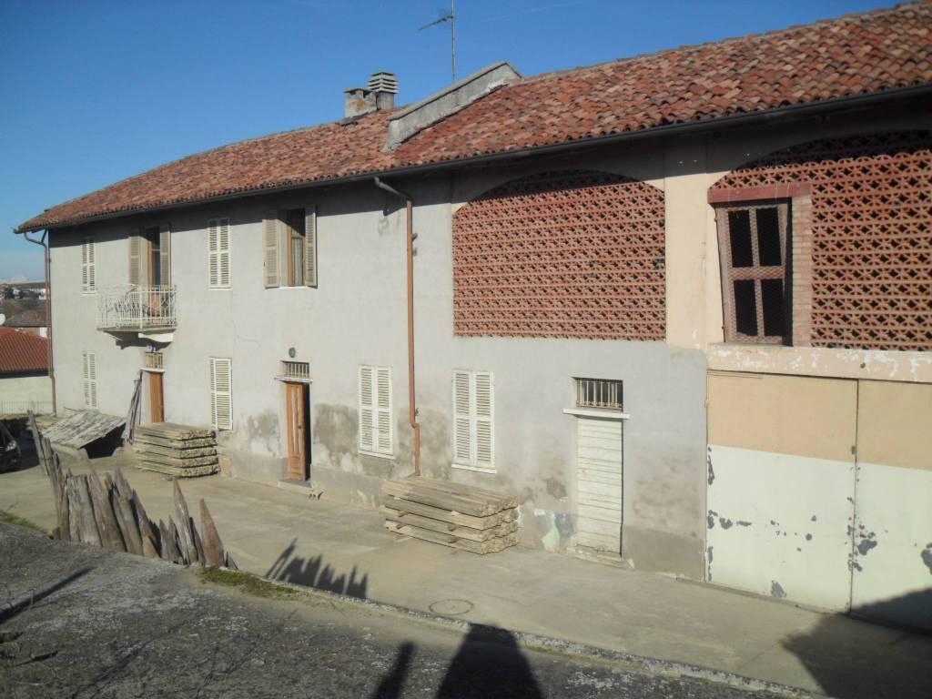 Rustico / Casale in vendita a Vigliano d'Asti, 6 locali, prezzo € 110.000   PortaleAgenzieImmobiliari.it