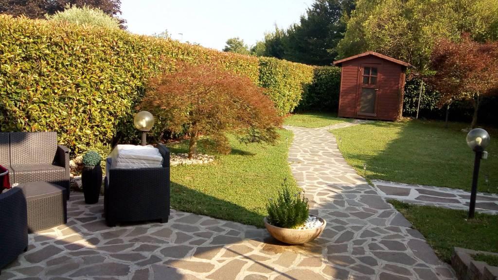 Villa a Schiera in vendita a Solza, 3 locali, prezzo € 185.000 | PortaleAgenzieImmobiliari.it