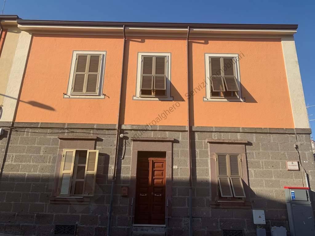 Villa in Vendita a Ittiri: 5 locali, 270 mq