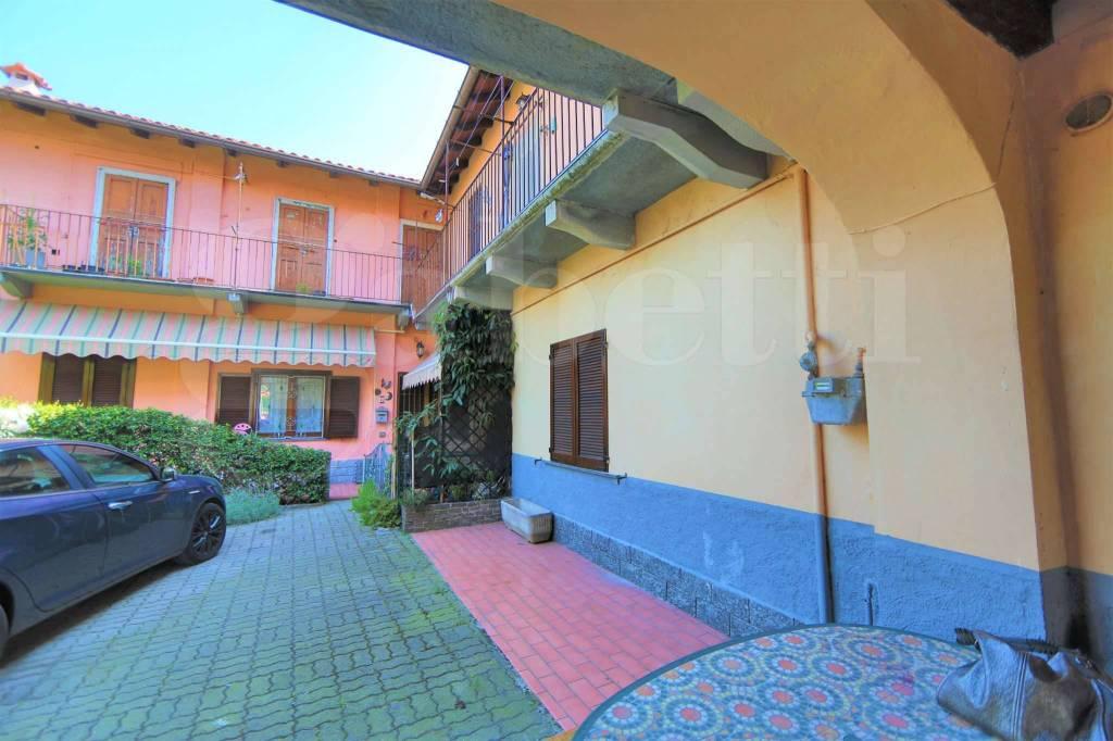 Appartamento in vendita a Samarate, 3 locali, prezzo € 79.000 | CambioCasa.it