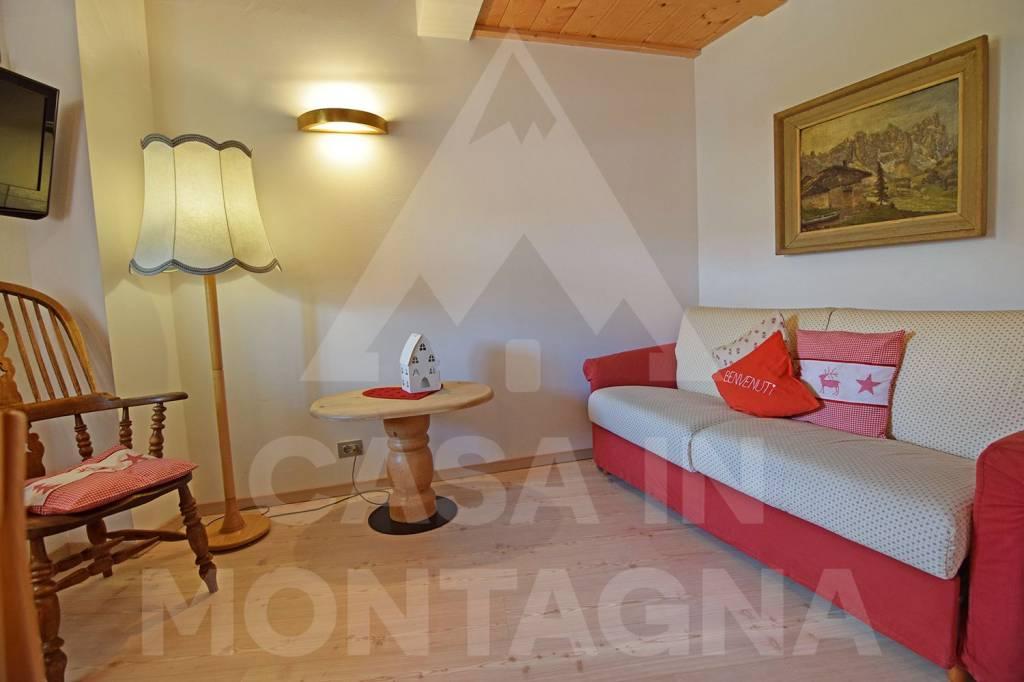Appartamento in ottime condizioni arredato in vendita Rif. 7283355