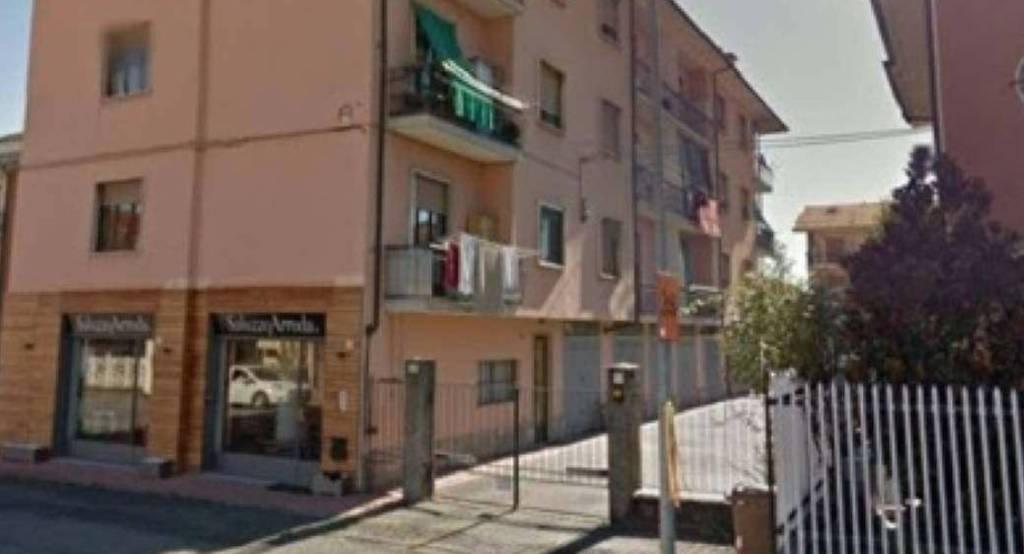 Foto 1 di Quadrilocale strada Statale, Manta