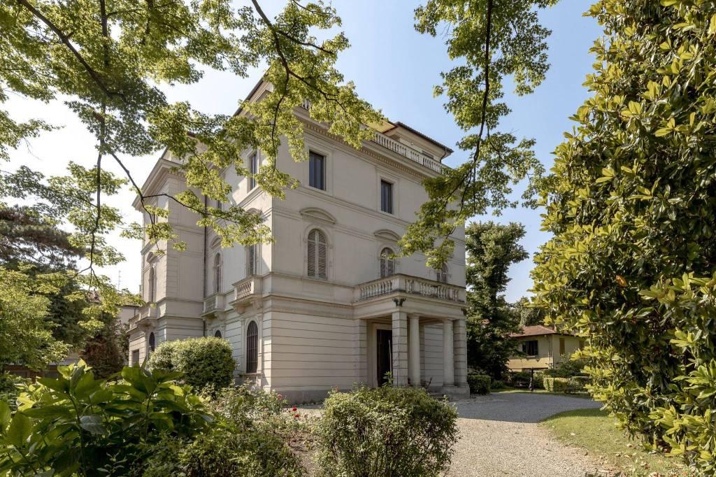 Villa in Affitto a Milano 08 Vercelli / Magenta / Cadorna / Washington: 5 locali, 800 mq