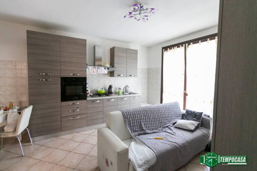 Appartamento in vendita via Privata delle Querce 4 Abbiategrasso
