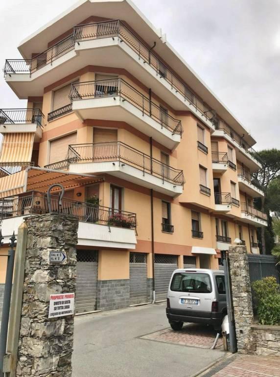 Appartamento in affitto a Rapallo, 4 locali, prezzo € 600 | CambioCasa.it