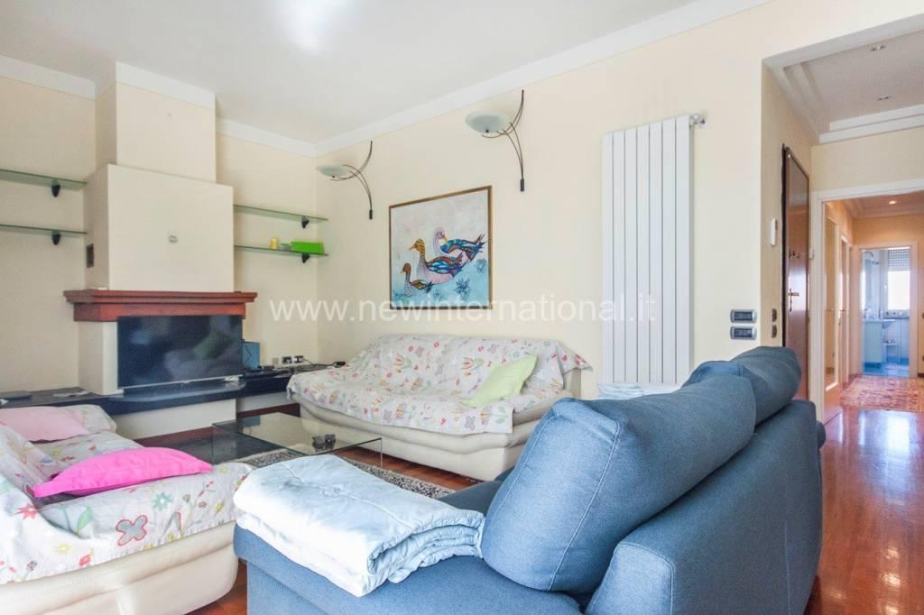 Foto 1 di Appartamento via del Secco, frazione Lido Di Camaiore, Camaiore
