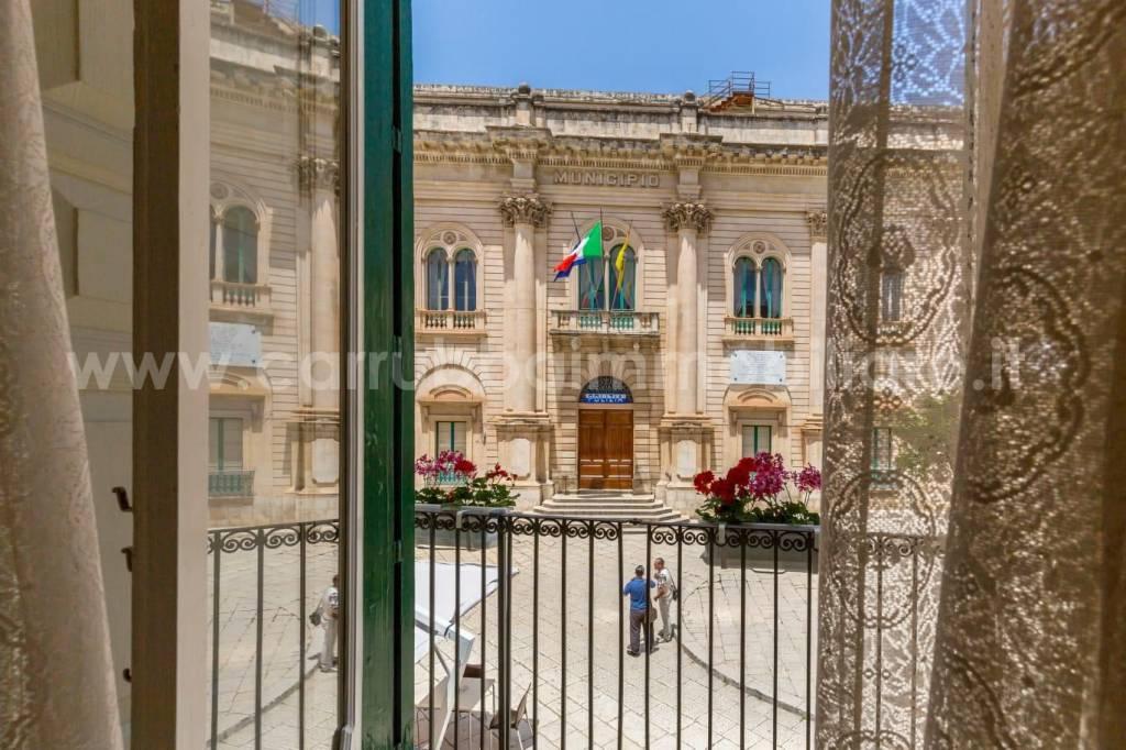 Palazzo in Vendita a Scicli Centro: 5 locali, 650 mq