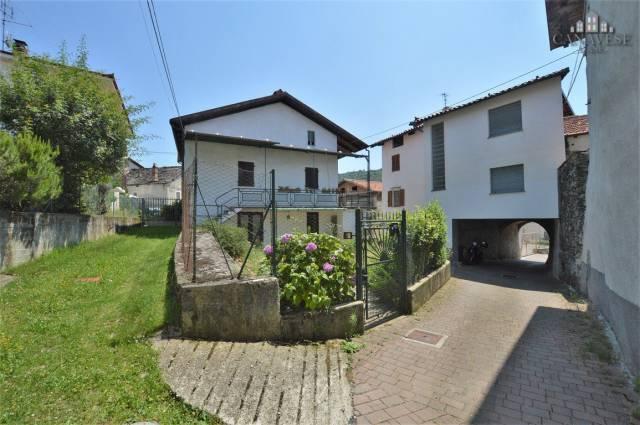 Casa Indipendente in buone condizioni in vendita Rif. 4924363