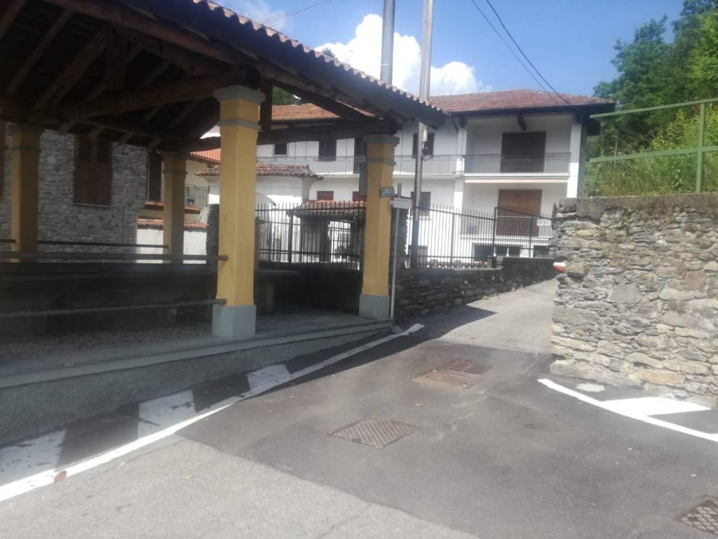 Appartamento in vendita a Grantola, 3 locali, prezzo € 49.000 | CambioCasa.it