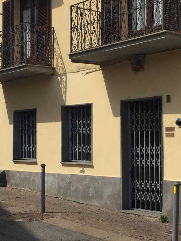 Negozio in affitto via Monte Grappa 5 Rivoli