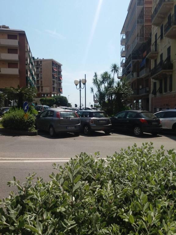 Foto 1 di Trilocale via Biagio Assereto, Recco