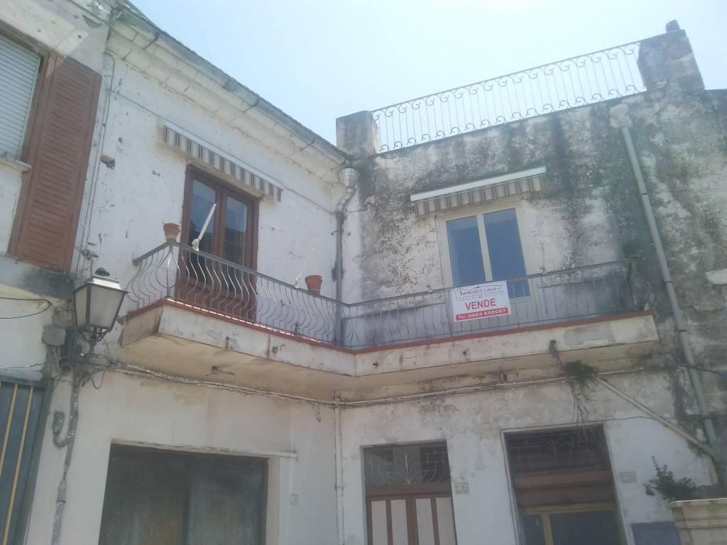 Soluzione Indipendente in vendita a Sparanise, 4 locali, prezzo € 90.000 | CambioCasa.it