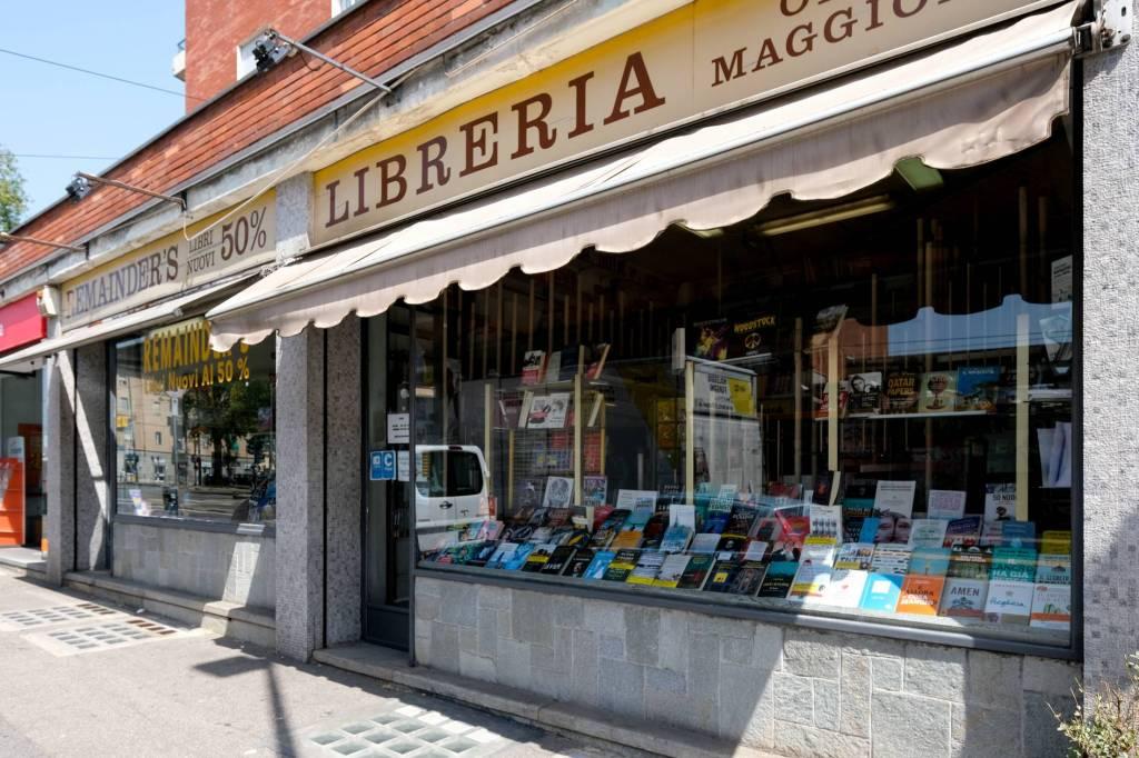 Negozio in vendita Zona Valdocco, Aurora - corso Giulio Cesare 58 Torino