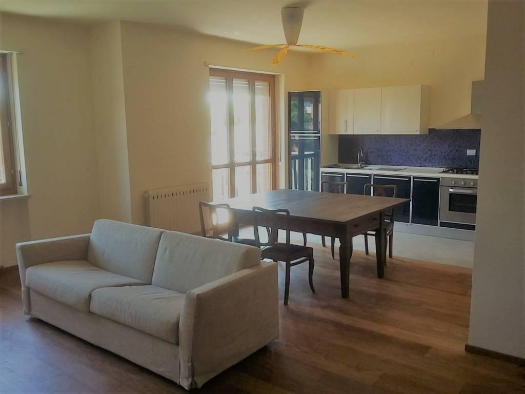 Appartamento in vendita a Canale, 4 locali, prezzo € 175.000 | CambioCasa.it