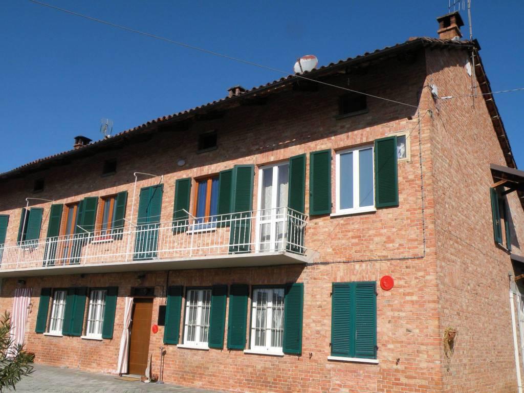 Rustico / Casale in vendita a Priocca, 6 locali, prezzo € 168.000 | PortaleAgenzieImmobiliari.it