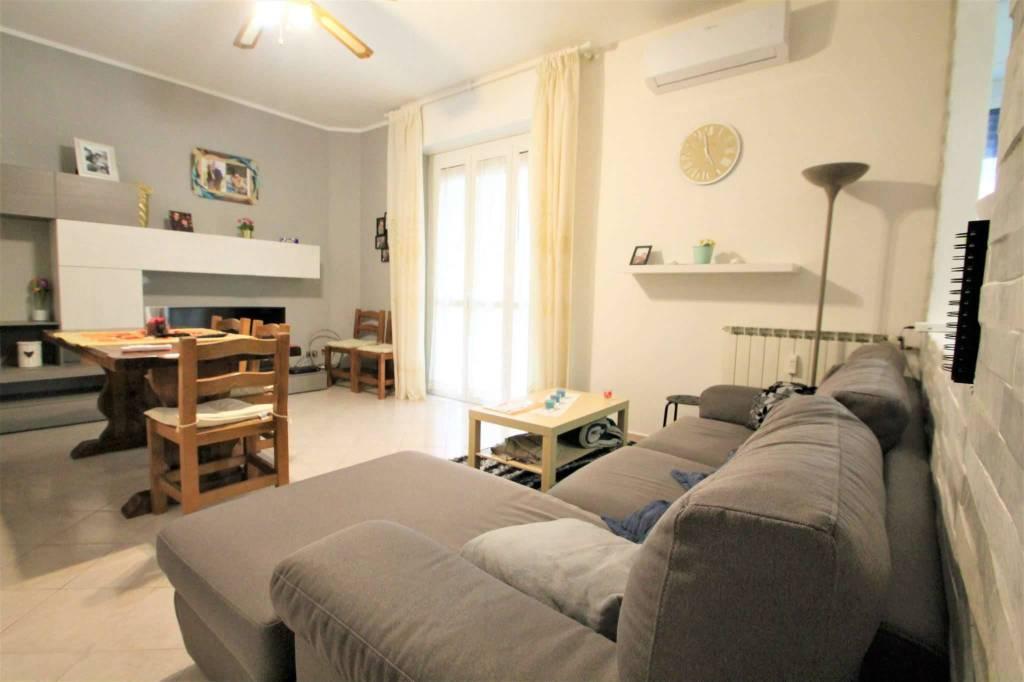 Appartamento in vendita a Cambiago, 3 locali, prezzo € 125.000 | CambioCasa.it
