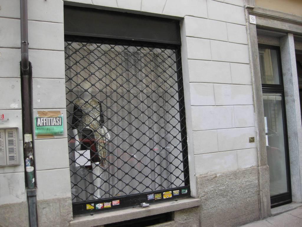 Negozio in affitto via San Francesco da Paola 33 Torino