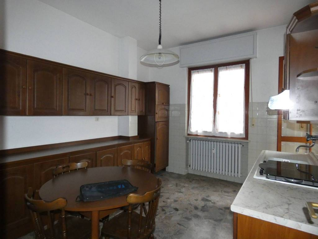 Appartamento in buone condizioni arredato in vendita Rif. 8257941