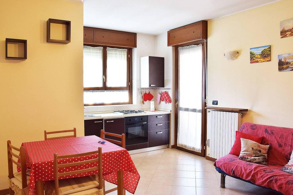 Appartamento in vendita via Antonio Gramsci 18 Busnago