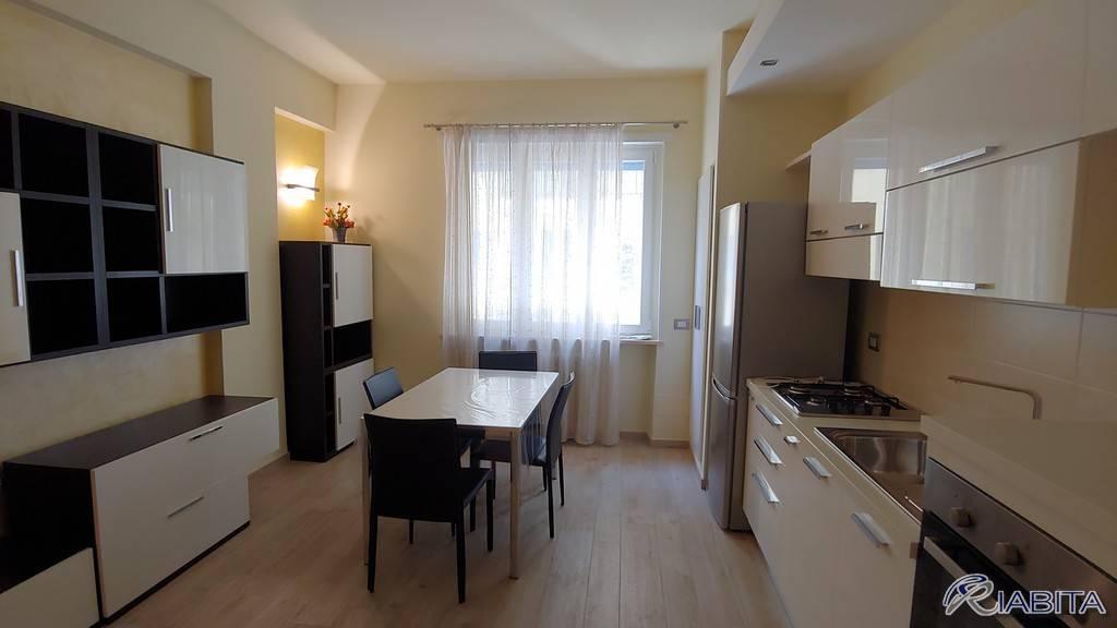 Appartamento in Vendita a Piacenza Centro:  3 locali, 80 mq  - Foto 1